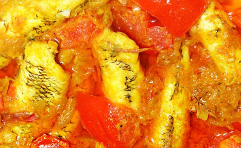 টমেটো দিয়ে রান্না করা বেলে মাছ - shajgoj.com