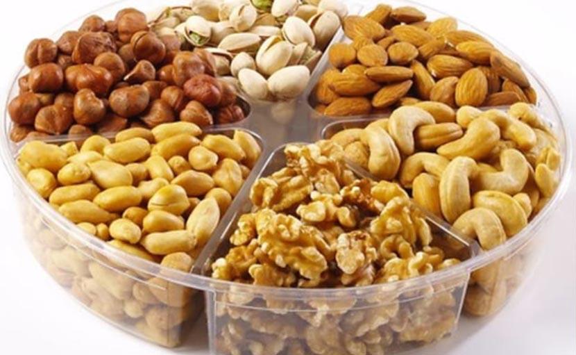 একজিমা থেকে বাঁচতে খাবার বাদাম - shajgoj.com