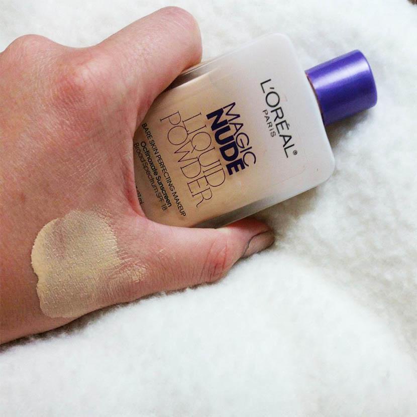 তৈলাক্ত ত্বকের মেকআপে Magic Nude Liquid Powder Foundation - shajgoj.com