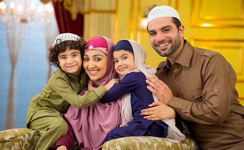 পরিবারকে সাথে নিয়ে ঈদ পালন - shajgoj.com