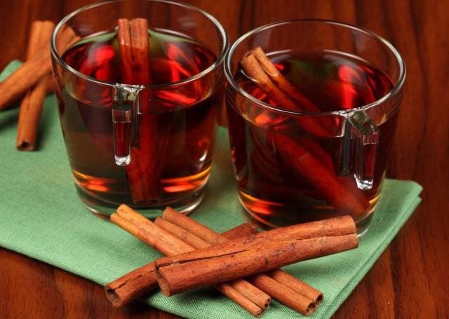 tea_cinnamon_drink_70063_2560x1600