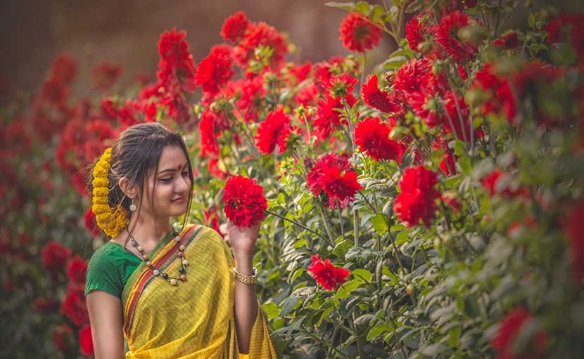 ফাল্গুনে গলায় পাথরের নেকলেস - shajgoj.com