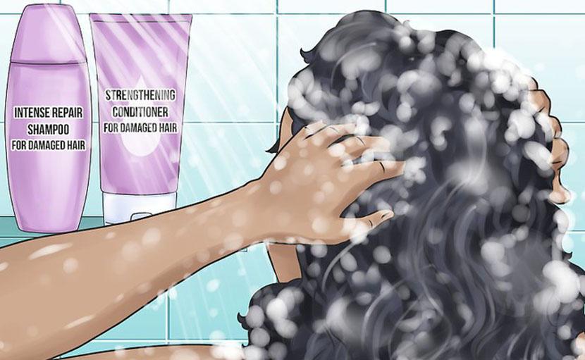 শীতে কোঁকড়া চুলের যত্ন নিতে কন্ডিশনার ব্যবহার - shajgoj.com