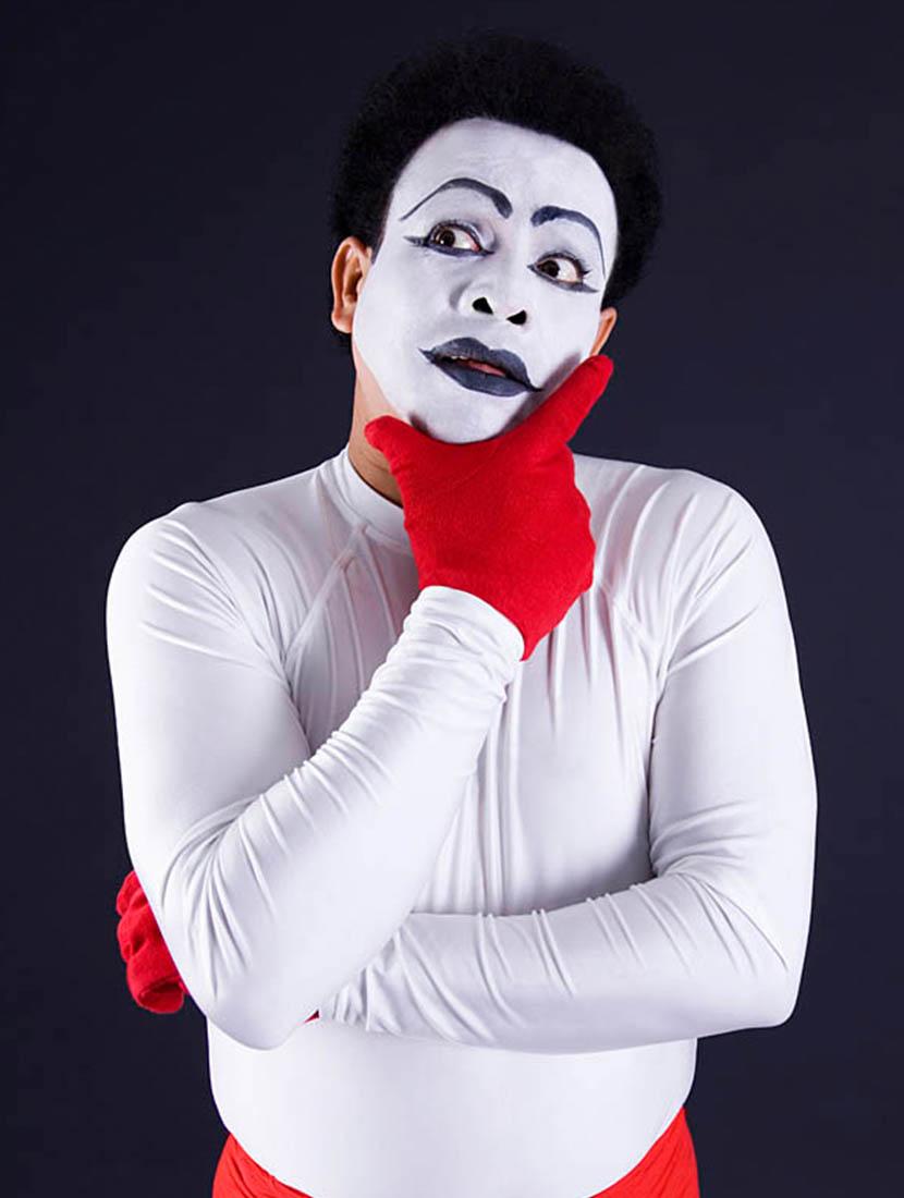 অভিনয় পেশা হিসেবে নিতে নিজেকে বুঝতে হবে - shajgoj.com