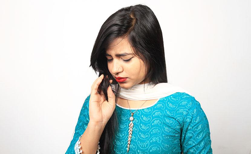 ভেজা চুলে ঘুমালে চুলে দূর্গন্ধ হয় - shajgoj.com
